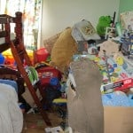 4 Easy Ways to Keep Kids Toy Clutter Under Control