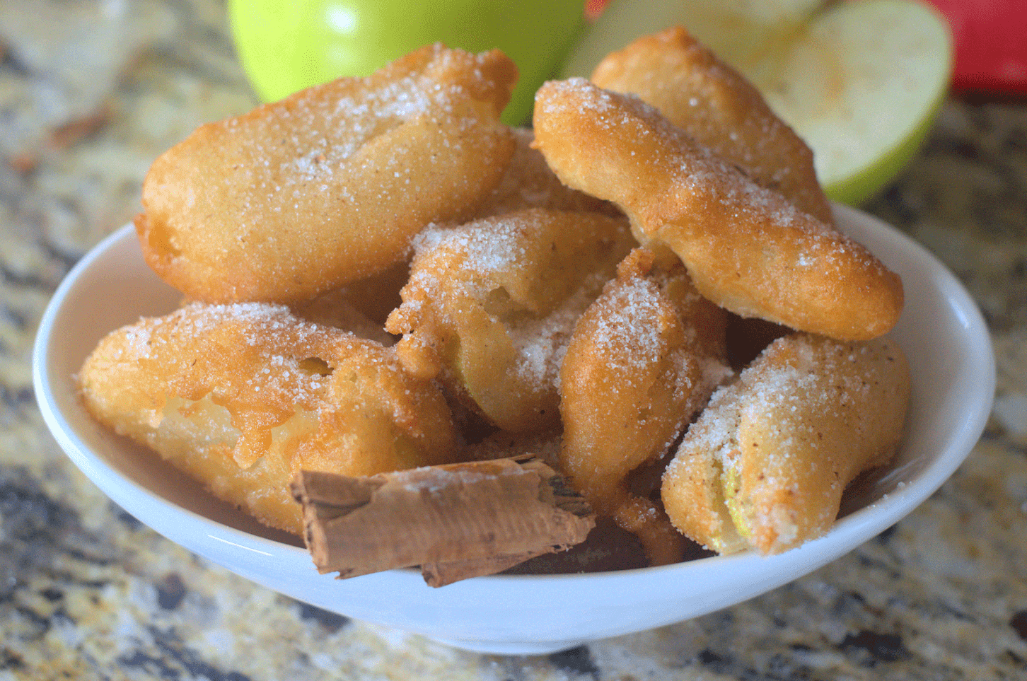 Looking for a rich treat to make with all those apples from the orchard? These deep fried apples are a great snack, side or breakfast treat.